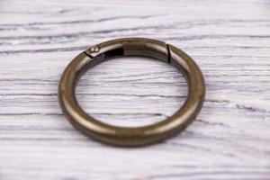 Карабин (кольцо) металл (отполированный, латунь)