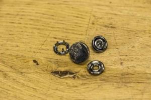 Кнопка металл 10 мм (матовый, темный никель)
