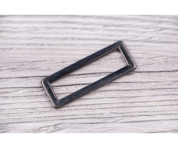 Рамка металлическая литая (темный никель, отполированный)