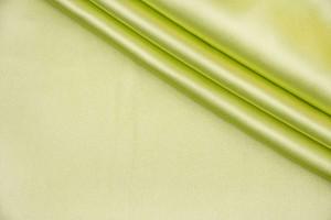 Ткань атлас Италия (шелк 100%, бледный зелено-желтый, шир. 1,40 м)