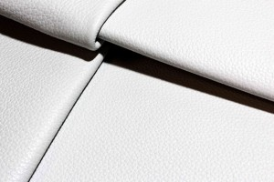 Кожа галантерейная КРС даблфейс Италия (белый с черным, флотар)