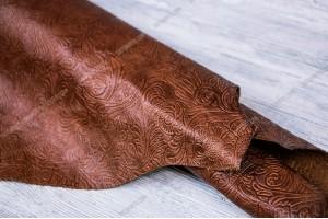 Кожа КРС Италия (рыже-коричневый, штамп цветы, матовая)